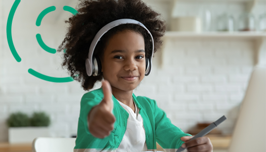 How to become an online tutor - young school girl giving a thumbs up